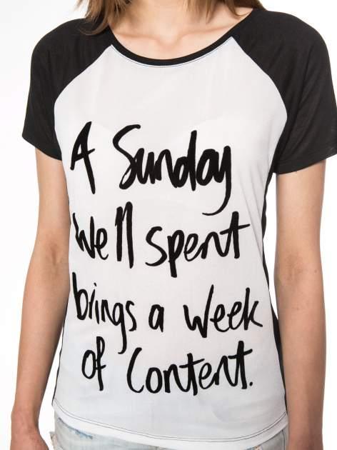 Czarny t-shirt z napisem A SUNDAY                                  zdj.                                  8