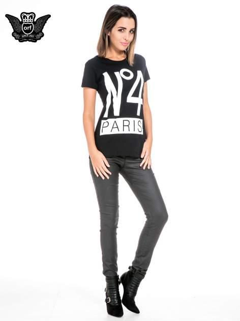 Czarny t-shirt z napisem NO. 4 PARIS                                  zdj.                                  2