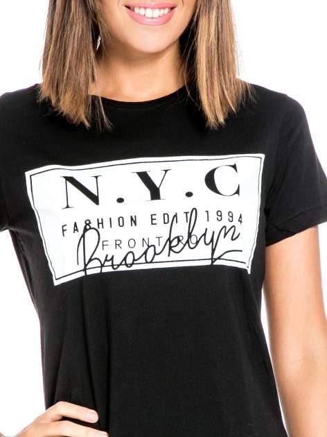 Czarny t-shirt z napisem NYC Brooklyn                                  zdj.                                  5