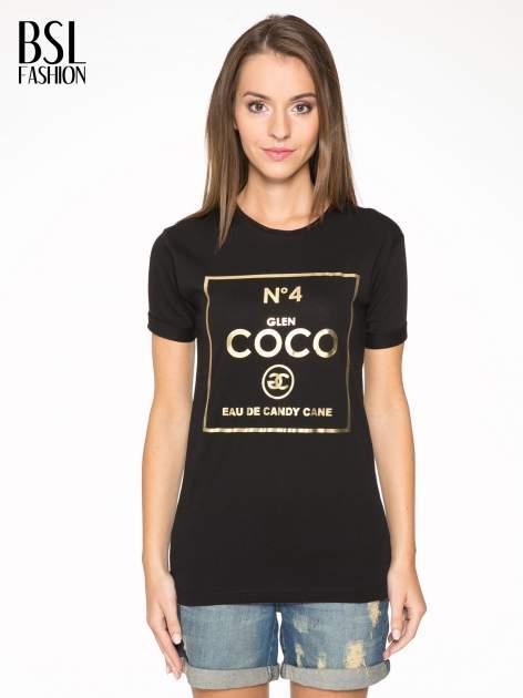 Czarny t-shirt ze złotym nadrukiem NO. 4 COCO
