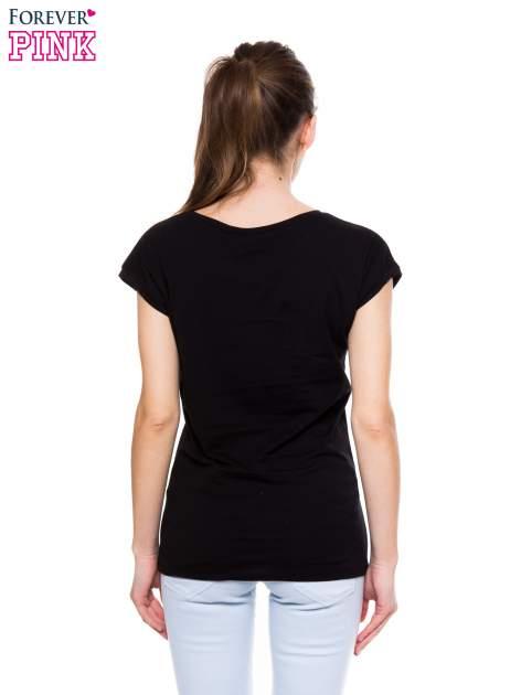 Czarny t-shirt ze złotym nadrukiem korony i napisem BORN TO SHINE                                  zdj.                                  3