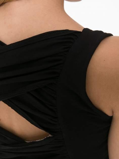 Czarny top z krzyżowanym dekoltem na plecach                                  zdj.                                  11