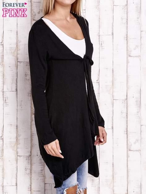Czarny wiązany asymetryczny sweter                                  zdj.                                  3
