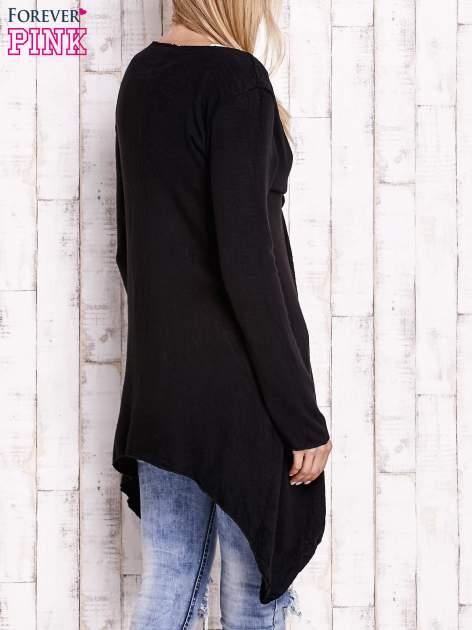 Czarny wiązany asymetryczny sweter                                  zdj.                                  4
