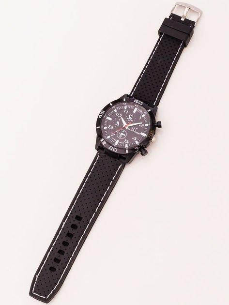 Czarny zegarek męski z białymi wstawkami                              zdj.                              2