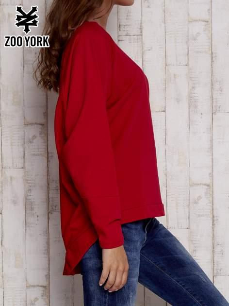 Czerwona bluza oversize z dekoltem w łódkę                                  zdj.                                  3