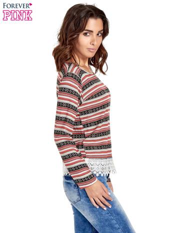 Czerwona bluza w azteckie wzory z koronką                                  zdj.                                  3