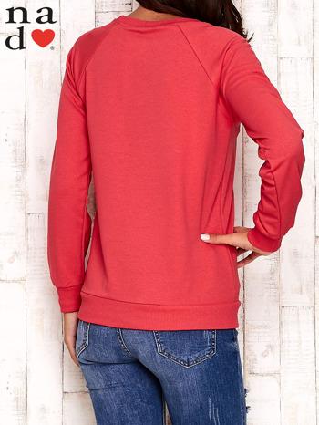 Czerwona bluza z motywem sowy i łapacza snów                                  zdj.                                  4