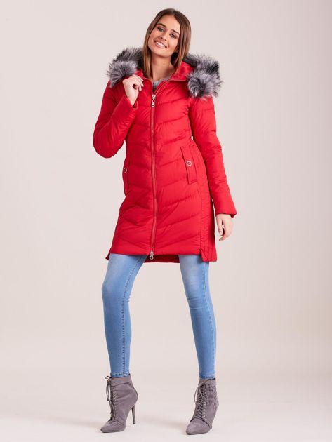 Czerwona długa kurtka na zimę                              zdj.                              4