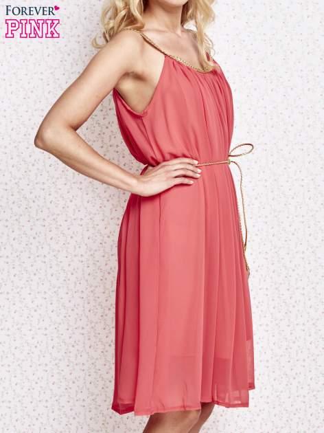 Czerwona grecka sukienka ze złotym paskiem                                  zdj.                                  3