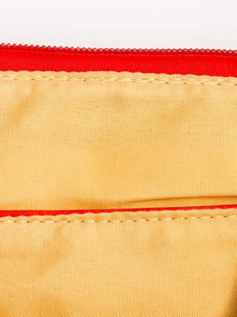 Czerwona kopertówka z dżetami motyw apple                                  zdj.                                  7