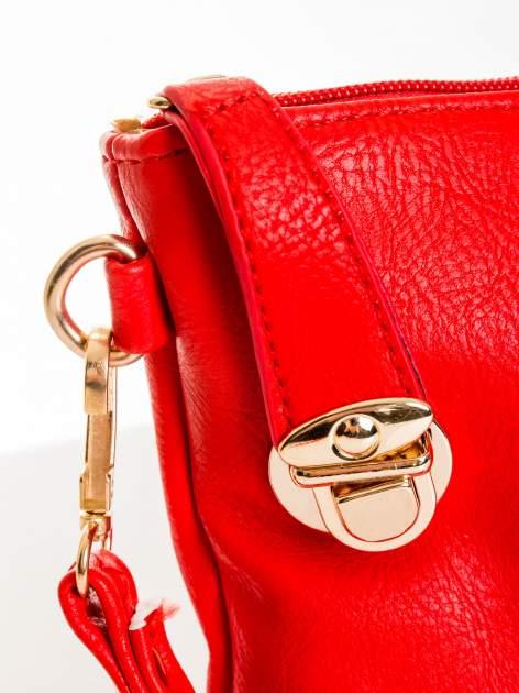 Czerwona kopertówka z dżetami motyw ust                                  zdj.                                  6
