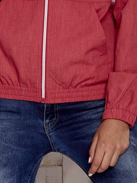 Czerwona kurtka ze stójką i ściągaczem na dole                                  zdj.                                  4