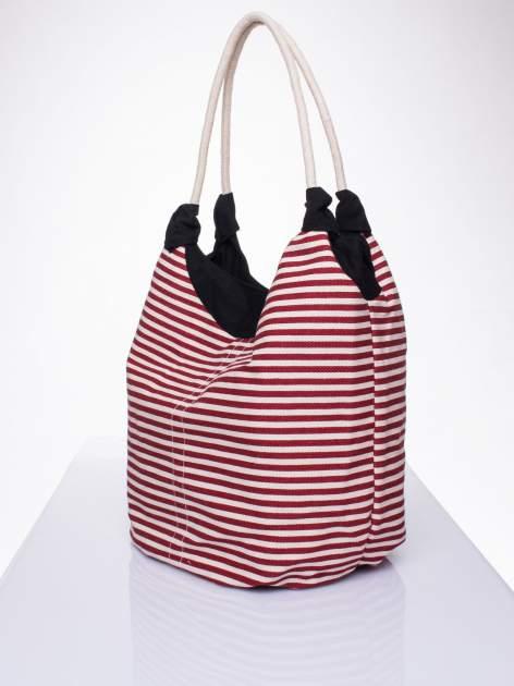 Czerwona plażowa torba hobo w paski na sznurku                                  zdj.                                  2