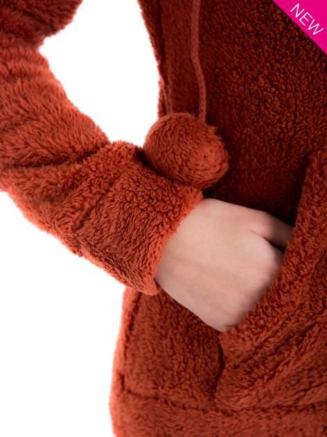 Czerwona pluszowa bluza z kapturem z uszkami i pomponami                                  zdj.                                  10