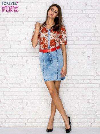 Czerwona sukienka w kwiaty z jeansowym dołem i paskiem                                  zdj.                                  4