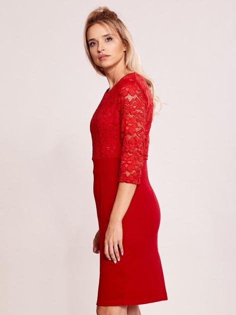 Czerwona sukienka z koronkową górą                               zdj.                              5