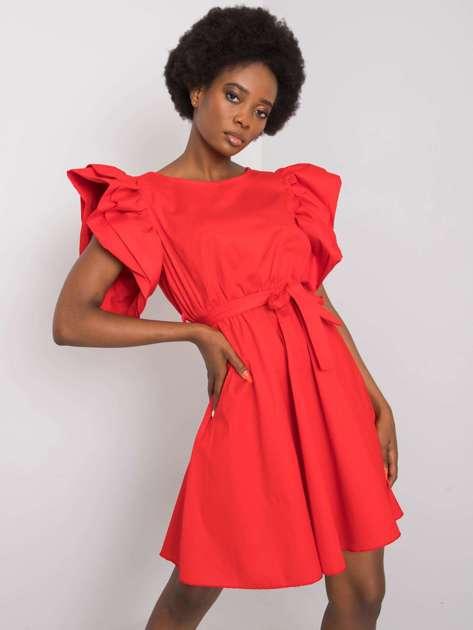 Czerwona sukienka z ozdobnymi rękawami Sheila