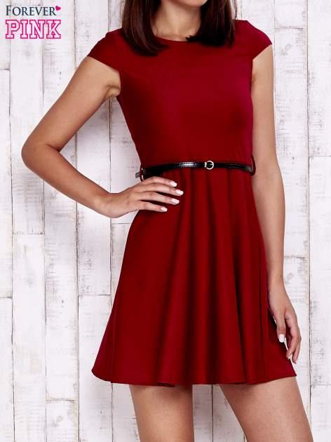 Czerwona sukienka z suwakiem na plecach                                  zdj.                                  1