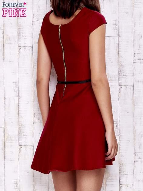 Czerwona sukienka z suwakiem na plecach                                  zdj.                                  2