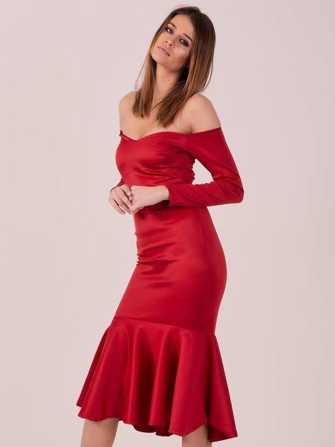 Czerwona sukienka z szeroką falbaną na dole                                  zdj.                                  3
