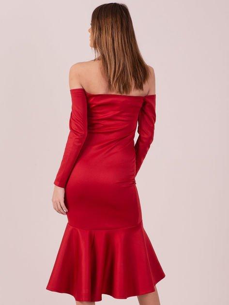 Czerwona sukienka z szeroką falbaną na dole                                  zdj.                                  5