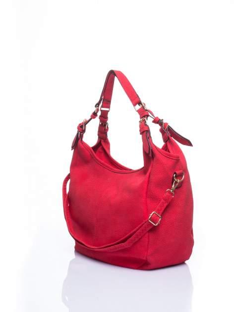Czerwona torba hobo z klamerkami                                  zdj.                                  3