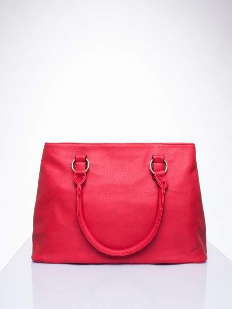 Czerwona torebka ze złotymi okuciami z kryształkami                                  zdj.                                  4
