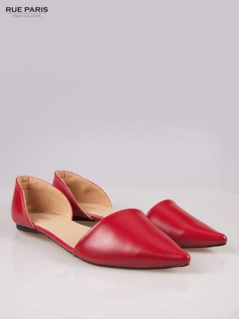 Czerwone baleriny faux leather Tiffany z wyciętymi bokami                                  zdj.                                  2