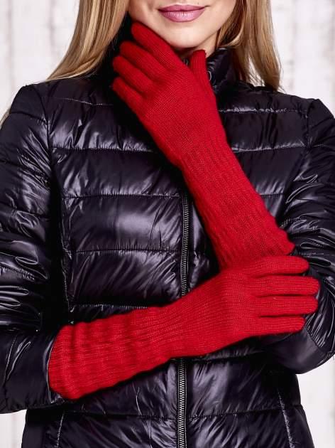 Czerwone długie rękawiczki z drapowanym rękawem                                  zdj.                                  1