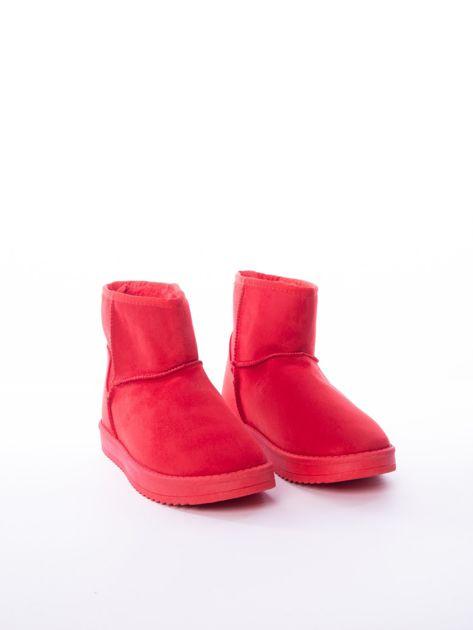 Czerwone gładkie śniegowce ocieplane futerkiem                              zdj.                              4
