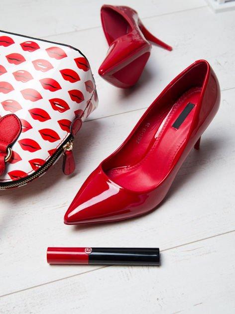 Czerwone lakierowane szpilki w szpic                              zdj.                              1