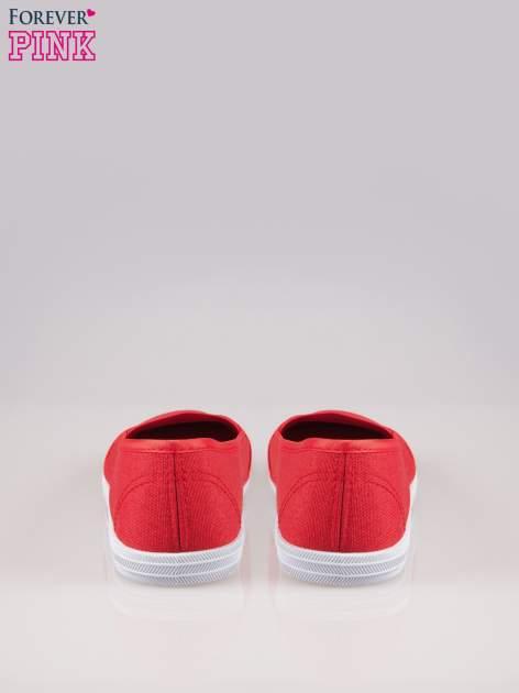 Czerwone miękkie buty slip on                                  zdj.                                  3