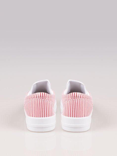 Czerwono-białe buty slip on w paski na grubej podeszwie                              zdj.                              3