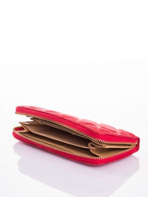 Czerwony pikowany portfel                                  zdj.                                  3