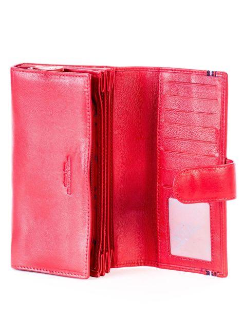 Czerwony podłużny skórzany portfel z klapką                              zdj.                              4