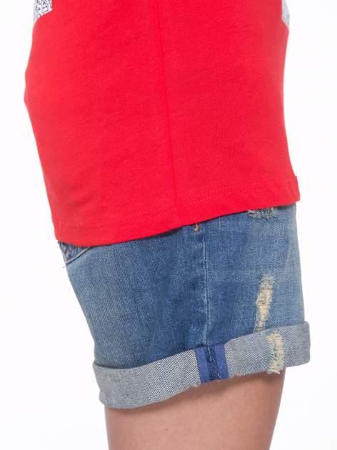 Czerwony t-shirt z nadukiem WIBE z przodu i na plecach                                  zdj.                                  9