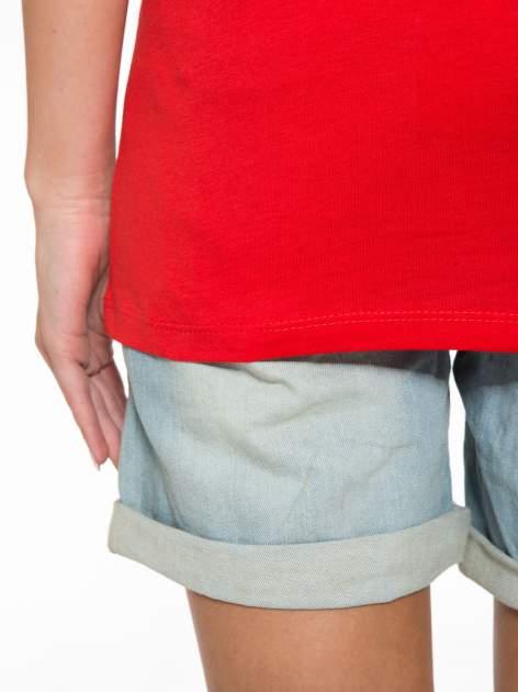 Czerwony t-shirt z napisem CÉLINE ME ALONE                                  zdj.                                  10
