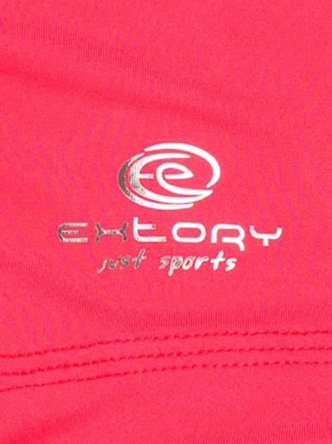 Czerwony top sportowy z dekoltem V