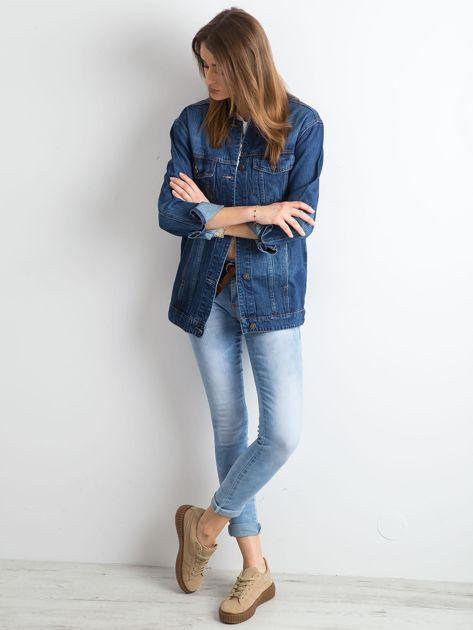 Damska jeansowa kurtka niebieska                              zdj.                              4