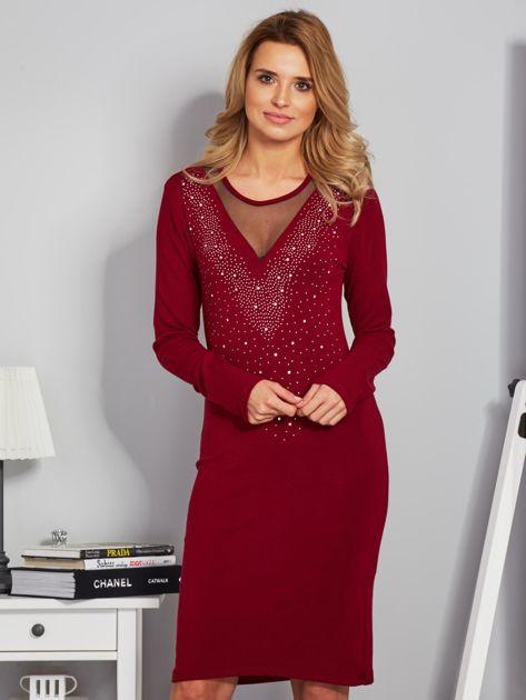 Dopasowana sukienka z ozdobnymi dżetami bordowa                              zdj.                              1