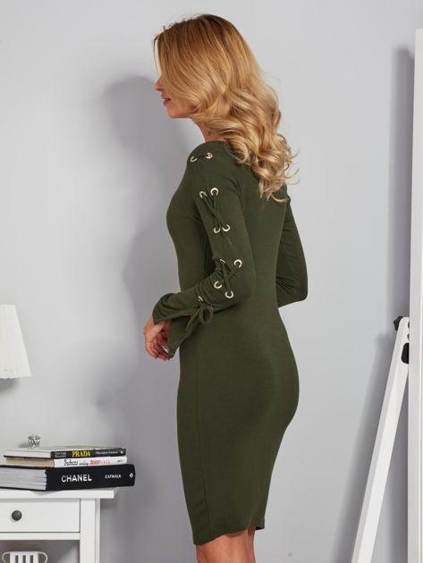 Dopasowana sukienka z rękawami lace up khaki                              zdj.                              5