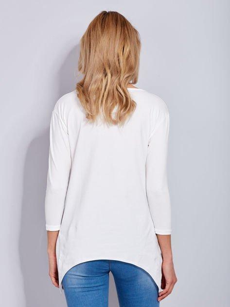 Ecru asymetryczna bluzka z babeczką                              zdj.                              3