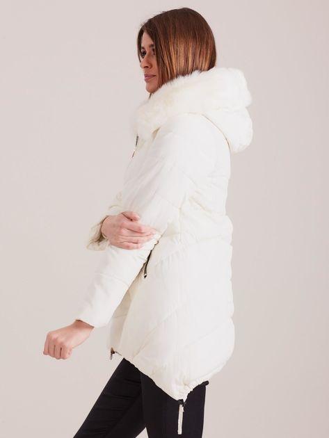 Ecru asymetryczna kurtka zimowa                              zdj.                              5