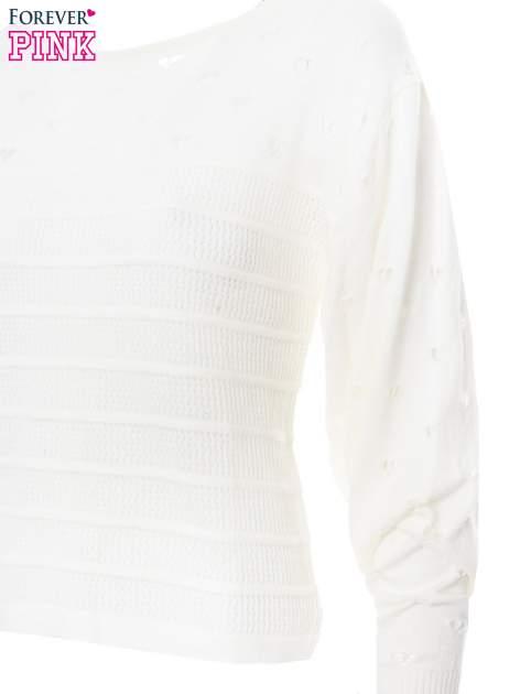 Ecru ażurowy sweter w serduszka                                  zdj.                                  6