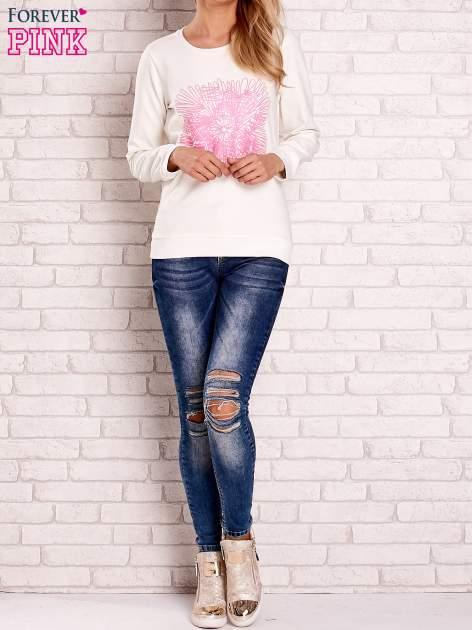 Ecru bluza z kolorowym nadrukiem                                  zdj.                                  4