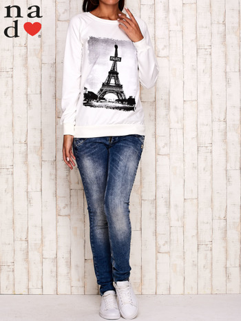 Ecru bluza z motywem Wieży Eiffla                                  zdj.                                  2