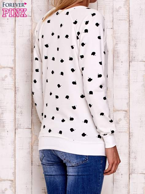 Ecru bluza z nadrukiem jabłuszka                                  zdj.                                  3