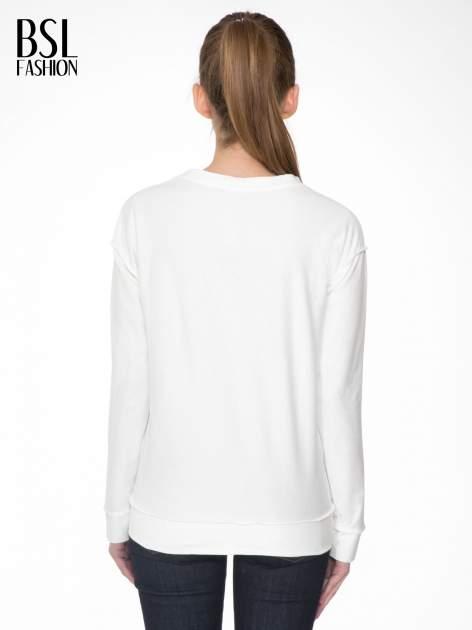 Ecru bluza z nadrukiem numerycznym 23                                  zdj.                                  4