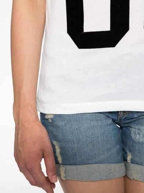 Ecru-czarny t-shirt z nadrukiem FASHION 88                                  zdj.                                  7